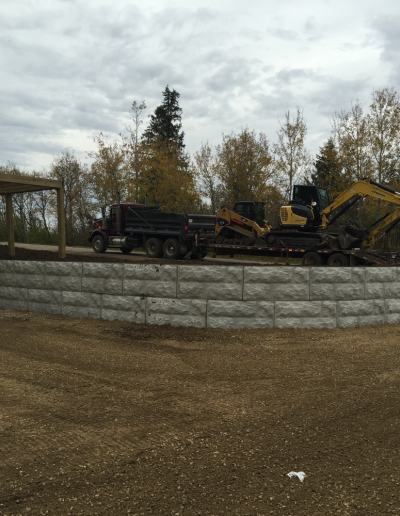 Retaining Wall Construction (2)